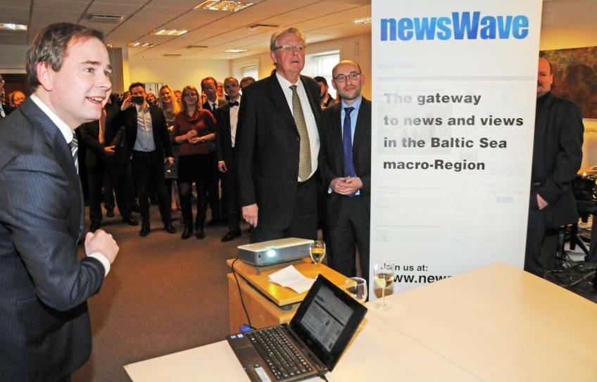 NEWSWAVE.jpg