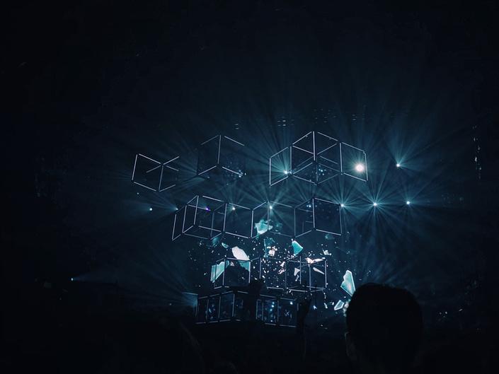 geometric shapes dark background