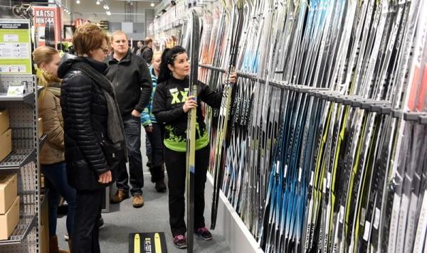 Jussi-Nukari_Lehtikuva_XXL_sport_shop.jpg