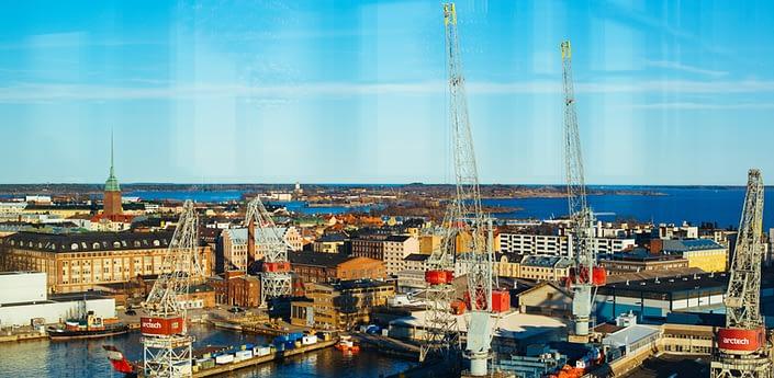 cranes in the Hietalahti dock